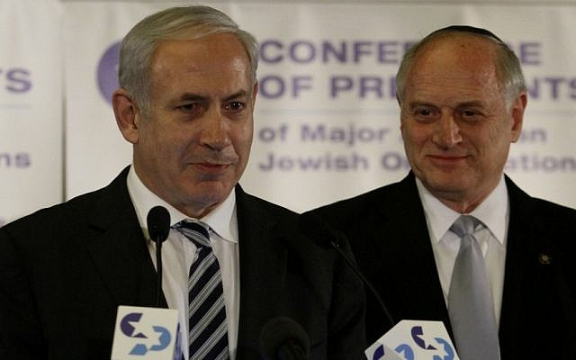 Prime Minister Benjamin Netanyahu and Malcolm Hoenlein at the Conference of Presidents of Major Jewish Organizations. (Uri Lenz/Flash90)