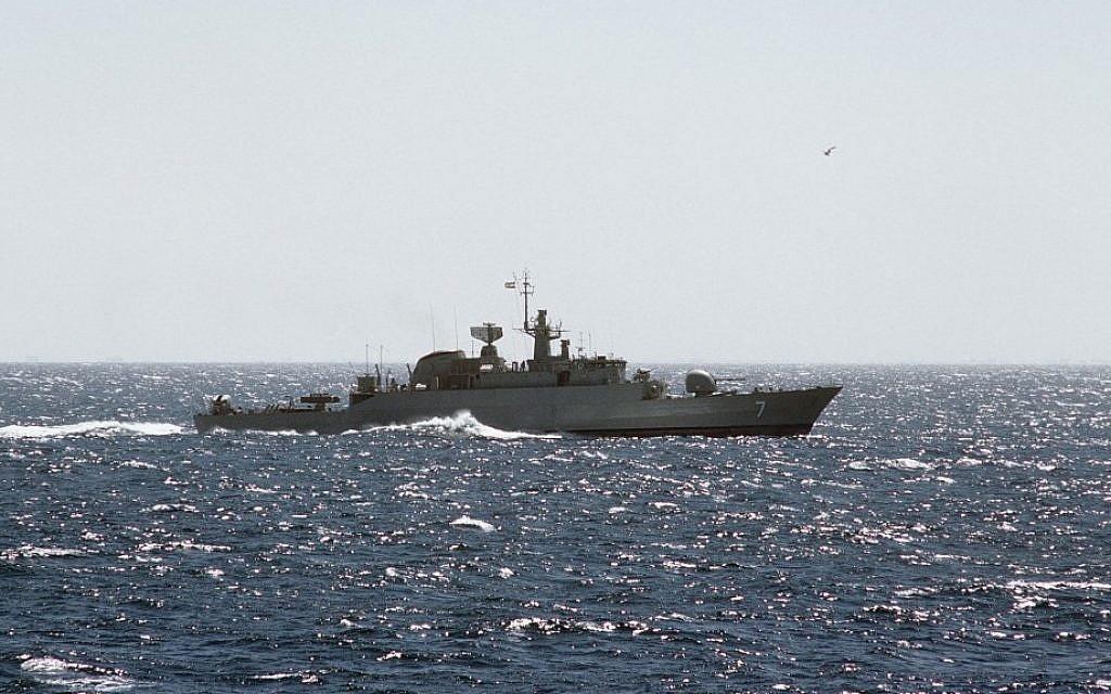 Illustrative photo of an Iranian warship (Alex Hicks, Wikimedia Commons)