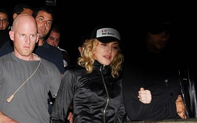Madonna visits the grave of Kabbalist Rabbi Yitzhak Luria in the northern town of Safed September 4, 2009. (Photo credit: Hamed Almakt / FLASH90)