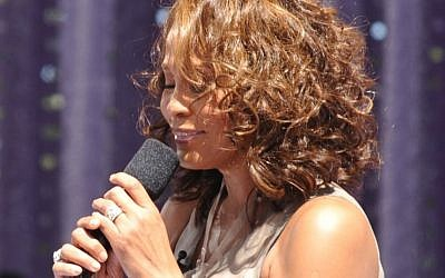 The late Whitney Houston performing at the GMA awards in 2009. (photo credit: CC BY-SA Asterix611, Flickr)