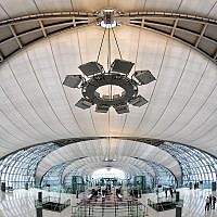 Suvarnabhumi International Airport, Bangkok (photo credit: CC-BY Roger Price, Wikipedia)