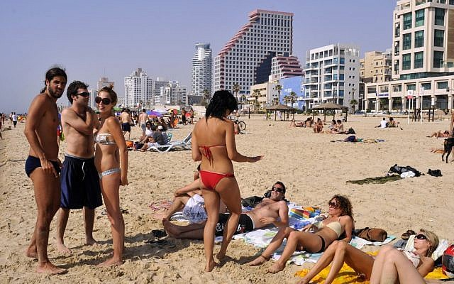 Tel Aviv beach (photo credit: Serge Attal/Flash90)