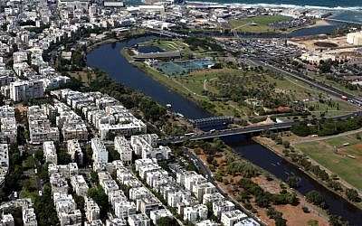 Aerial view of the Yarkon River in Tel Aviv (photo credit: Roni Schutzer/Flash90)