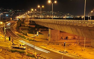 A new bridge in Haifa (photo credit: Shay Levy/Flash90)