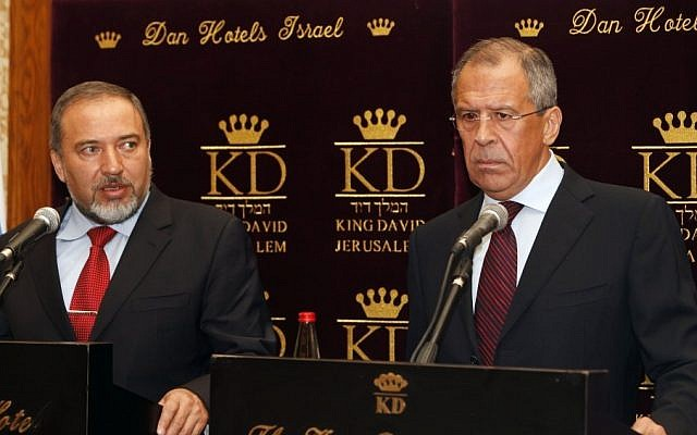 Russian Foreign Minister Sergey Lavrov (right) with his Israeli counterpart, Avigdor Liberman, in Jerusalem during a 2010 meeting (photo credit: Miriam Alster/Flash90)