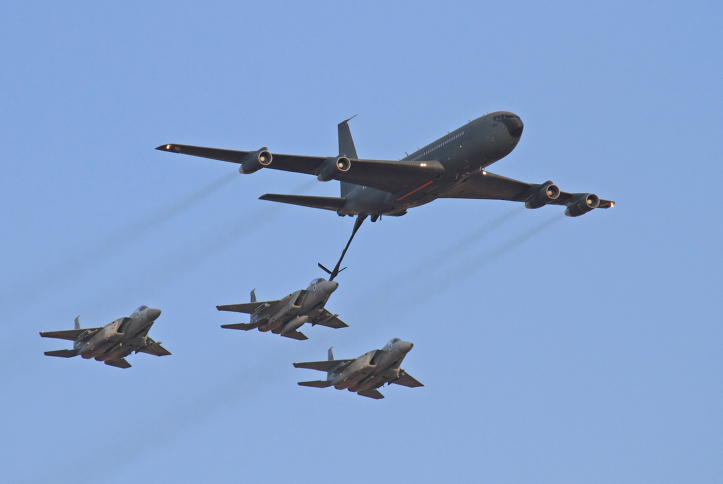 Seems magnificent Air force refueling aircraft