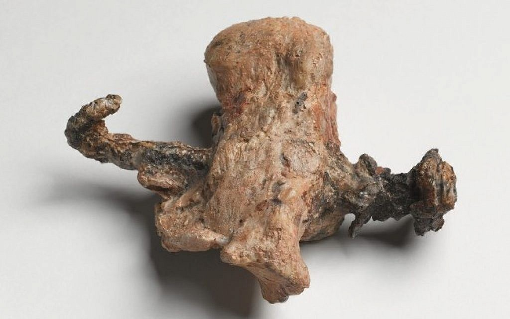 Proof of crucifixion: The heel bone and nail from the ossuary of Yehohanan, discovered in Jerusalem in 1968. (photo credit: Courtesy of the Israel Museum. Photographer: Ilan Shtulman)