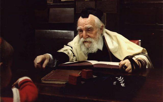 Rabbi Moshe Feinstein (photo credit: ChanochGruenman, Wikimedia Commons)