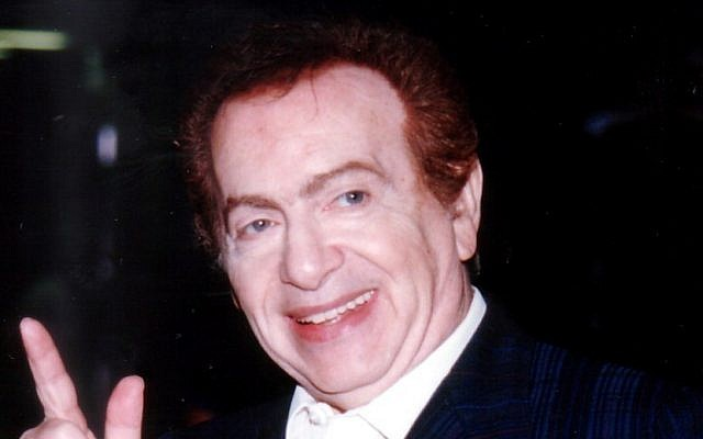 How to you spell 'oy'? Jackie Mason (photo credit: CC-BY-SA Carl Lender, Wikipedia)