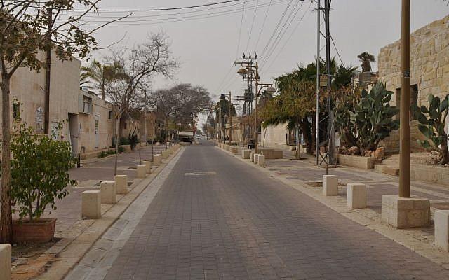 A still deserted Old City street in Beersheva (photo credit: Jen Klor)