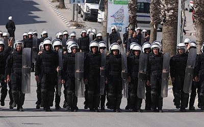 Palestinian riot police deployed in the West Bank city of Ramallah in 2011. (photo credit:Issam Rimawi/Flash90)