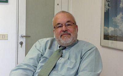 Ed Rettig in the AJC's Jerusalem offices. (Photo credit: Amanda Borschel-Dan)
