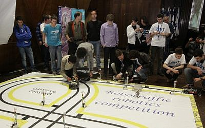 Teams work on their projects at Robotraffic (Photo credit: Courtesy)