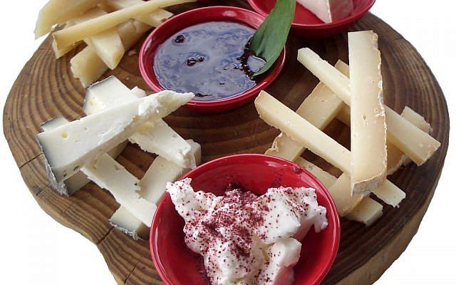 Chutney and cheese at Shvil Izim (photo credit: Jessica Steinberg/Times of Israel)