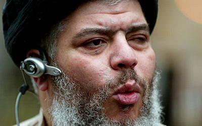 Abu Hamza al-Masri, AKA Mustafa Kamel Mustafa (photo credit: AP/John D McHugh/File)