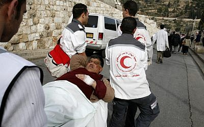 Illustrative image of Palestinian Red Crescent workers (Nati Shohat /Flash90)