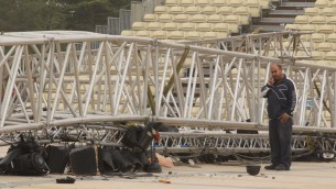 The collapsed lighting rig at Mount Herzl. (photo credit: Nati Shohat/Flash90)