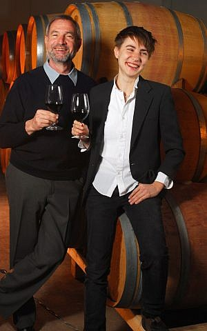 Father-and-daughter winemakers Barry and Roni Saslove (Courtesy Saslove Winery)
