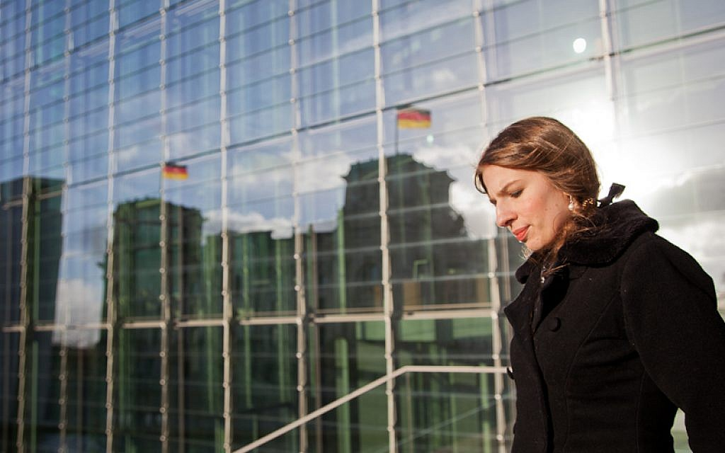 Marina Weisband standing in front of the German Bundestag. Chances are that in one year's time she will be among those sitting inside the parliament (photo credit:  CC-BY: Tobias M. Eckrich)