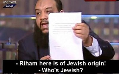 Campaign manager Gamal Saber levels accusations on Egyptian television. (screen capture from Youtube video uploaded by MEMRI)