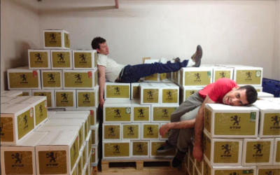 Dani (left) and Itzik in their storeroom (Courtesy Shapiro Beer)