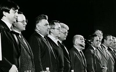Likud veteran: Meridor (closest to camera), with party leaders including prime minister Yitzhak Shamir (sixth from left) and Netanyahu (second from right), at a party meeting in Tel Aviv in 1986. (photo credit: Moshe Shai/Flash90)