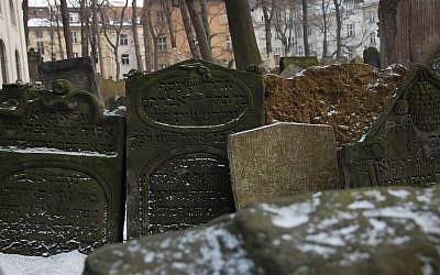 The Old Jewish Cemetery in Prague. (photo credit: Rachael Cerrotti/Flash90)