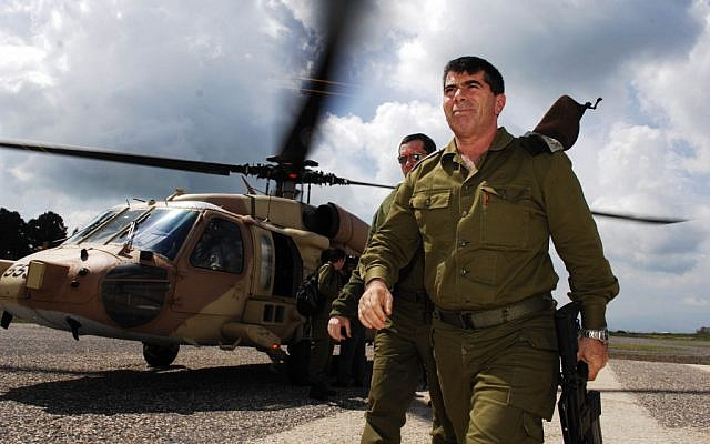 Former IDF chief of staff Gabi Ashkenazi in 2007. (photo credit: Abir Sultan/Flash90)