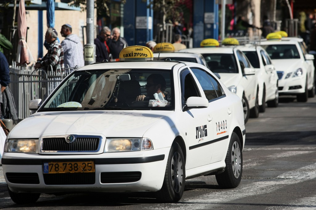 Uber's Israeli services halted by court injunction