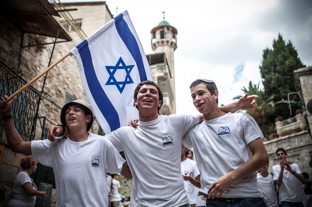 Risultato immagini per israel flags jerusalem