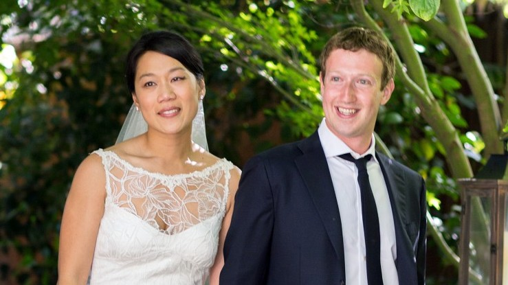 Who is mark zuckerberg dating 2012