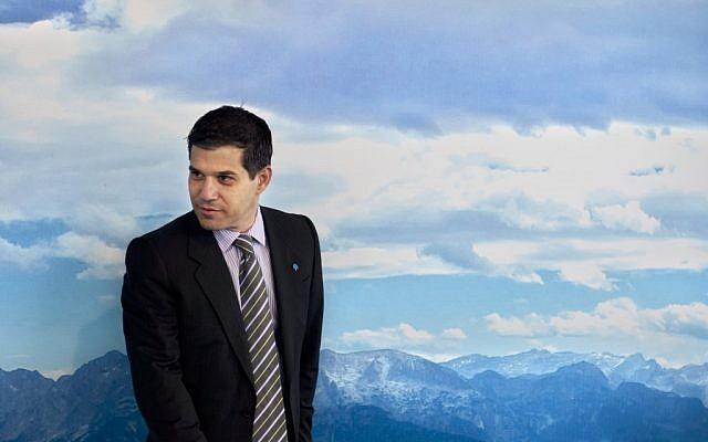 """Better Place"" founder, Israeli-American entrepreneur Shai Agassi (photo credit: AP/Sebastian Scheiner)"