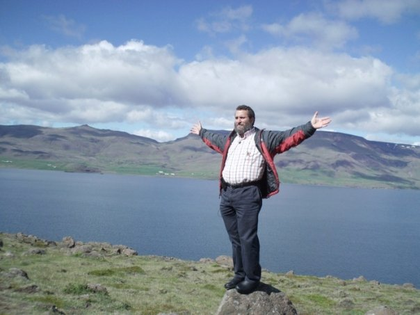 Rabbi Shmuley Boteach takes in the view during a 2009 trip to Iceland (Photo credit: Courtesy shmuley.com)