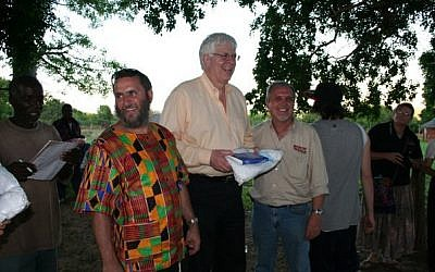 Rabbi Shmuley Boteach and radio personality Dennis Prager on a ROCK of Africa Mission outreach in Zimbabwe November 2009. (Photo credit: Courtesy shmuley.com)