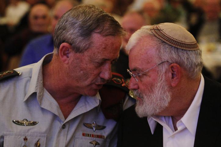 National Security Adviser Ya'akov Amidror (right) seen here talking with IDF Chief of General Staff Benny Gantz (photo credit: Miriam Alster/Flash90)