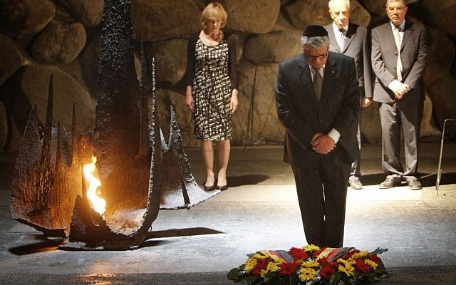 Joachim Gauck during his visit to Israel at the Holocaust Yad Vashem memorial museum in Jerusalem (photo credit: Miriam Alster/Flash90)