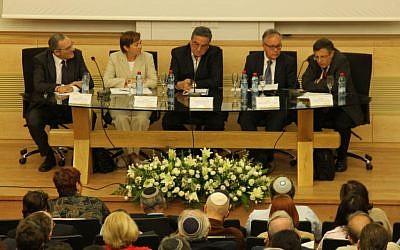 The panel from left to right: Eytan Gilboa, Miri Eisin, Yaakov Ahimeir, Yehuda Lancry and Meir Litvak (photo credit: Hans Engelman)