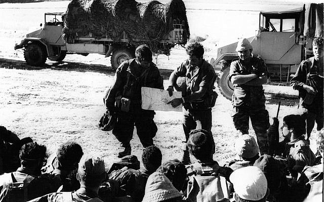Company commander Uzi Eilat briefing the men of the B Company, 71st Battalion, 55th Brigade in advance of the war (Photo credit: Copyright: Yossi Shemy/ all reproductions prohibited)