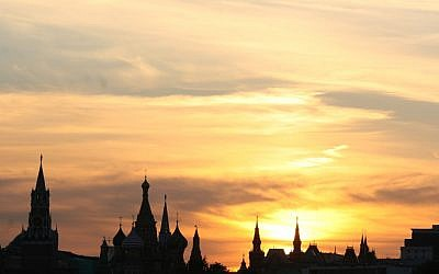 Sunset over Moscow (photo credit: Anna Kaplan/Flash90)