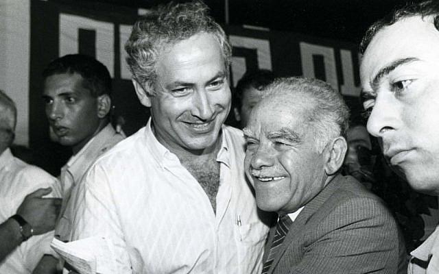 Yitzhak Shamir with Benjamin Netanyahu in 1986. (photo cedit: Moshe Shai/Flash90)
