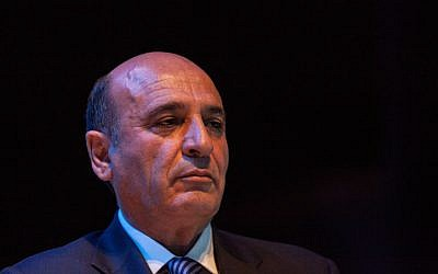 Deputy Prime Minister Shaul Mofaz will try and restart negotiations with the Palestinians. (photo credit: Uri Lenz/FLASh90)