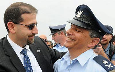Israel Air Force Chief, Maj. Gen. Amir Eshel with American Ambassador Dan Shapiro (photo credit: Yossi Zeliger/Flash90)
