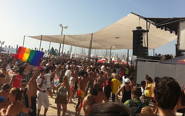 Thousands attended the gay pride parade 2011 beach party at Gordon Beach, Tel Aviv (photo credit: Michal Shmulovich)