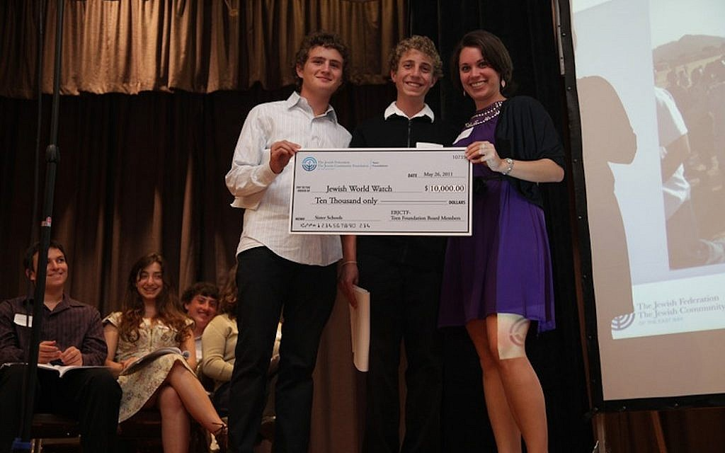 Members of the East Bay board of the Jewish Teen Foundation of the San Francisco Jewish Community Endowment Fund present a grant (photo credit: Courtesy)