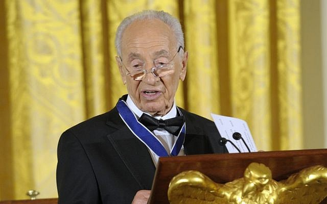 Shimon Peres speaking at the White House Wednesday (photo credit: AP/Susan Walsh)