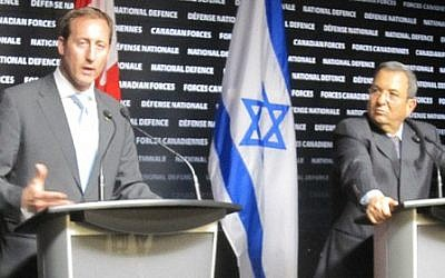 Peter MacKay (left) with Ehud Barak in Ottowa, November 2011 (photo credit: courtesy of Canada's Department of National Defence)