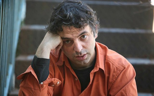 Israeli writer Etgar Keret is boycotting a Tel Aviv cultural event in protest over police violence. (photo credit: Yossi Zamir/Flash90)
