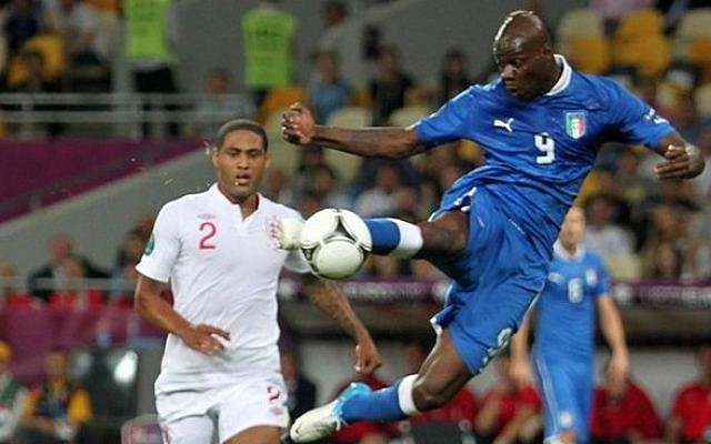 Mario Balotelli in action for Italy at Euro 2012. (photo credit: CC-BY-SA Олег Дубина//football.ua/Wikimedia commons)