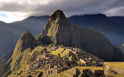 Machu Picchu. (CC-BY-SA Martin St-Amant, Wikimedia Commons)