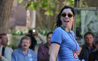 Sarah Silverman at a San Francisco pride parade. (photo credit: CC-BY Piyush.k, Flickr)